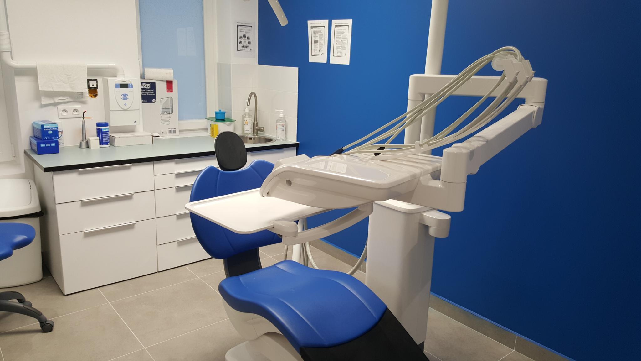 visiter le centre dentaire la plaine saint denis la plaine saint denis 93210 dentiste. Black Bedroom Furniture Sets. Home Design Ideas